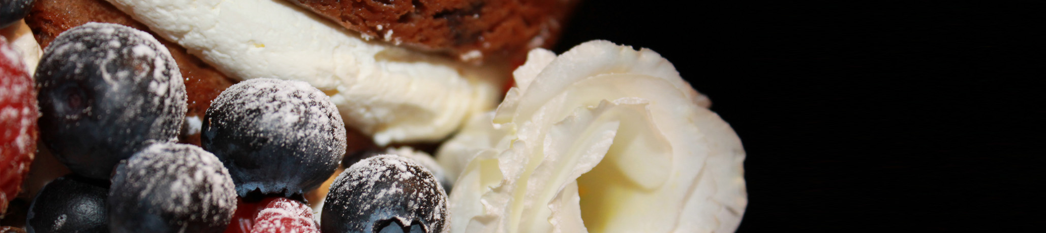 Scrumptious wedding desserts